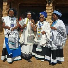 Xhosa Traditional Wear For 2018 - style you 7 African Print Dresses, African Fashion Dresses, African Attire, African Wear, African Dress, African Traditional Dresses, Traditional Outfits, Traditional Styles, Traditional Wedding
