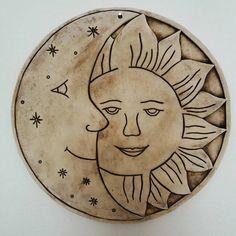 """24 To se mi líbí, 2 komentářů – Marta Vítková (@vitkmarta) na Instagramu: """"#keramika #ceramics #ceramica #homedecor #home #sun #moon"""""""