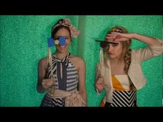 Photo Booth Props DIY - How to make your own using foam, wooden dowels & ribbon!