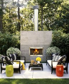 Outdoor Living Room With Fireplace And White Sofa For Interesting And Modern Outdoor Living Space Design For Your Ideas Outdoor Rooms, Outdoor Living, Outdoor Decor, Indoor Outdoor, Outdoor Furniture, Outdoor Lounge, Outdoor Seating, Outdoor Patios, Outdoor Planters
