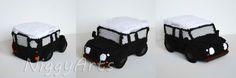 Mein erstes gehäkeltes Auto: Land Rover. Es hat einige Nerven gekostet, es so hinzubekommen, aber selbst Schuld wenn ich sage: es ist fast alles möglich :D