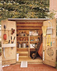 6 Radiant ideas: Garden Tool Storage Lean To garden tool rack kitchen utensils.Garden Tool Shed Organization. Garden Tool Shed, Garden Tool Storage, Garden Sheds, Backyard Storage, Storage Shed Organization, Organizing Ideas, Storage Ideas, Organising, Diy Storage