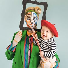 Picasso and Painting Mommy and Me Halloween Costume - The House That Lars Built Halloween School Treats, Easy Halloween, Halloween Crafts, Halloween Party, Halloween Celebration, Toddler Halloween, Halloween 2019, Halloween Stuff, Vintage Halloween