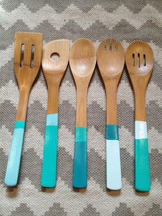 The Happy Homebodies: Bridal Shower Gift: DIY Dipped, Color Blocked Spoons