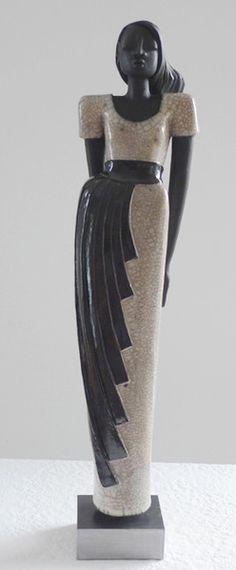 'Carla - Raku Keramik Figur