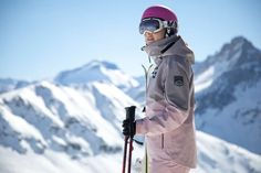 The Ultimate Sustainable Winter & Ski Layering Guide - Weekendbee - sustainable sportswear Ski And Snowboard, Snowboarding, Skiing, Lifelong Friends, Bottle Bag, Outdoor Outfit, Canada Goose Jackets, Sustainability, Recycling