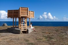 Nuno Pimenta built a temporary installation in the island of San Miguel, pointing at three places closely linked to the local context of the Azores Archipelago. Las Azores, Portugal, Ponta Delgada, Summer Cabins, Pavilion Architecture, Nuno, Pedestrian Bridge, Prefab, 1