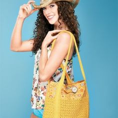 Summer beach bag - free knitting pattern download from Let's Knit!