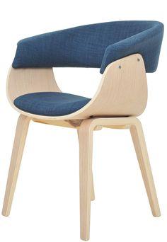 Libra är en modern och bekväm matstol från Nordic Furniture Group. Åbo har en elegant och tydlig skandinavisk design med sina snygga former och eleganta materialval. Trots sin ringa storlek är Libra en mycket beväm stol. Sitsen och ryggen är