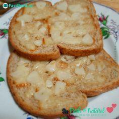 An easy way to eat raw garlic... #eatrawgarlic #garlic #garlicbread #rawgarlic #healthyheart Healthy Snacks, Healthy Eating, Healthy Recipes, Eating Raw Garlic, Garlic Breath, Spelt Bread, Gluten Intolerance, Natural Health Remedies, Cook At Home