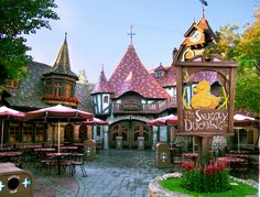 The Snuggly Duckling Tavern at Disneyland