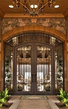 Traditional Iron Doors Portella, wrapped in the power of beauty