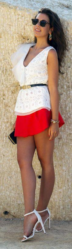 White Lace And Ruffle Sleeveless Blouse by 1sillaparamibolso
