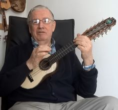 Hector Soto, charanguista chileno