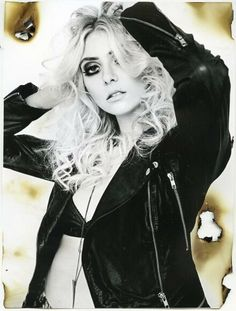 Taylor Momsen for the Hunger magazine