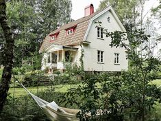 Swedish cottage style is warm and inviting, reminiscent of French land and shabby chic design. Swedish Cottage, Swedish House, Cottage Style, This Old House, My House, Old Farm Houses, Scandinavian Home, Home Photo, Historic Homes