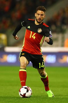 Dries Mertens Photos - Dries Mertens of Belgium in action during the FIFA 2018 World Cup Group H Qualifier match between Belgium and Greece at Stade Roi Baudouis on March 2017 in Brussels, Belgium. - Belgium v Greece - FIFA 2018 World Cup Qualifier Fifa, Dries Mertens, World Cup Groups, World Cup Qualifiers, National Football Teams, Soccer Stars, Visit Belgium, Soccer Players, Fc Barcelona