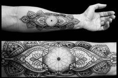 Des tatouages géométriques par Chaim Machlev Photo