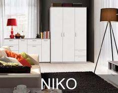 Meble Niko występują w dwóch zestawach kolorystycznych. Są to Dąb Sonoma lub Dąb Piaskowy z Białym. Obydwa dekory są na tyle uniwersalne, że nie dominują we wnętrzu, lecz podkreślają jego charakter. Tall Cabinet Storage, Furniture, Home Decor, Decoration Home, Room Decor, Home Furnishings, Home Interior Design, Home Decoration, Interior Design