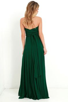 As Seen On Kyrzayda of Kyrzayda blog! Versatility at its finest, the Tricks of the Trade Forest Green Maxi Dress knows a trick or two... or four!…