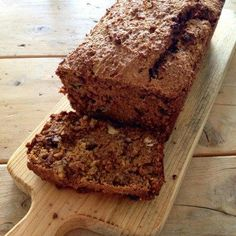 Zucchini Bread with Dried Cranberries - Two Peas & Their Pod Healthy Cake, Healthy Cookies, Healthy Sweets, Healthy Baking, Snack To Go, Sweet Recipes, Cake Recipes, Patisserie Sans Gluten, Banana Nut Bread