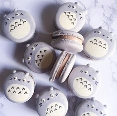 Totoro macarons // Send in your orders and enquiries to Whatsapp/SMS 91077142 now! Oreo Macaron, Macaron Cookies, Dream Cake, Cute Cookies, Totoro, Good Mood, Food Design, Baby Boy Shower, Christmas Cookies