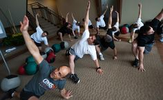 CrossFit Offers an Exercise in Corporate Teamwork, Too
