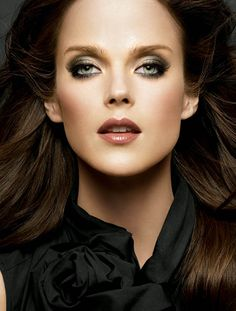 Smokey Brown Eye Look -  Makeup tips and beauty blog! http://ezsmokeyeyes.com/