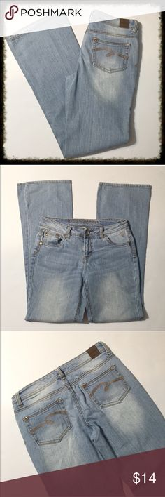 "Wide Leg Jeans by Justice Size 16R Flare Leg Jeans by Justice. Justice Jeans 16R. Light wash denim from Justice. Flare leg. Waist measures 14"". Inseam measures 30.5"".  🙊Like the item but not the price? Make an offer using the offer button.  🙈No Trades 🙉25% off when you buy 2 or more items (only pay 1 shipping fee) 🐵Questions? Please ask. Justice Bottoms Jeans"