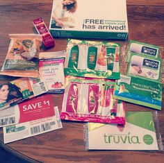People ask me all the time whether it's really worth it to sign up for free samples. Well, all this took me just two minutes to sign up for… So yes, I think many samples are totally worth signing up for! Click through to read more about how to get free samples in YOUR mailbox...