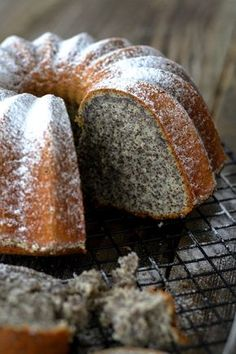 Kitchen And The City : Maková bábovka Cookie Recipes, Snack Recipes, Dessert Recipes, Bunt Cakes, Cupcake Cakes, Croation Recipes, German Baking, Czech Recipes, Almond Cakes