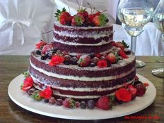 naked red velvet birthday cake | ... Bolos de casamento em Ilhabela: Bolo Naked…