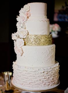 pink and gold cake K - Don't love this cake, but i love the gold sparkles!