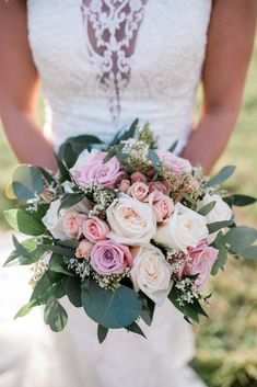 Brides and Grooms – House of Flowers