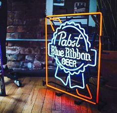 Vintage Pabst Blue Ribbon Beer Clock For The Home Beer