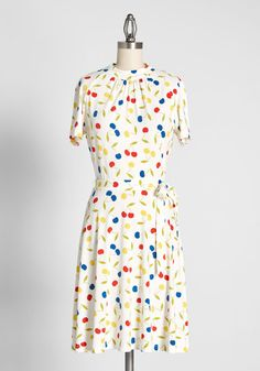 1960s Fashion: What Did Women Wear? Types Of Dresses, Cute Dresses, Casual Dresses, Fashion Dresses, Dresses For Work, Vintage Inspired Dresses, Vintage Dresses, Casual Frocks, New Arrival Dress