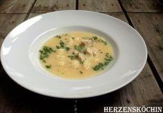 Hähnchen Zitronen Suppe mit Blumenkohl und Koriander low carb