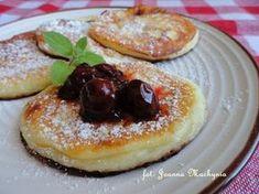 Placuszki z serka homogenizowanego Lemon Cupcakes, Polish Recipes, Polish Food, Orange Crush, Healthy Sweets, Superfoods, Pancakes, French Toast, Recipies