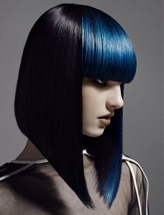 My favorite page with sharp edges and thick bangs. A little daring ladies can dye bangs in shades like these metallic blue, or some which they like. Surely everyone will look at you because you're shining.