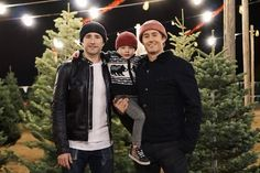 Matt Dallas with Blue & kid Hamilton Pictures, Matt Dallas, Matt And Blue, Never Grow Old, Family Values, Couples In Love, Cute Gay, Gay Couple, Modern Family