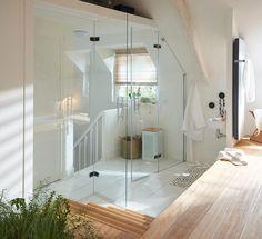 Sauna Design, Attic Conversion, Attic Storage, Bedroom Loft, Deco Design, Architecture Design, Sweet Home, Bathtub, Leroy Merlin