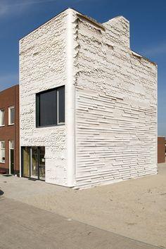 Zelf een herenhuis bouwen met restmateriaal in Homeruskwartier, Almere Poort. HKW herenhuis