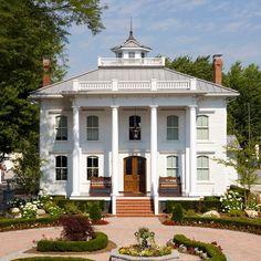 Historical Capt. David Lester Home in Marine City, MI