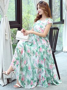 Street fashion ideas pertaining to ladies. Look and feel superb in the trendy low-priced fashion. Petite Dresses, Modest Dresses, Simple Dresses, Casual Dresses, Maxi Dresses, Chiffon Maxi Dress, Maxi Dress With Sleeves, Floral Chiffon, Frock Fashion