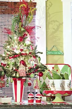 kitchen sparkle christmas decor Christmas Home Xmas Merry Christmas Christmas Decorations House & 201 best Christmas Home Tours images on Pinterest   Beautiful ...