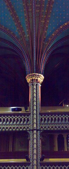 Saint Joseph's Oratory of Mount Royal, Montreal, Quebec, Canada A#ArchitecturePhotography #TravelPhotography #architecture #travel #Canada #Quebec #Montreal #QC #Montréal #Québec #NotreDameBasilica #BasiliqueNotreDameDeMontréal #Gothic #GothicArchitecture #column