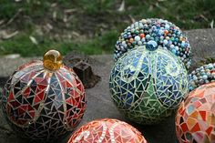 Mosaic Garden Orbs  Paradis express: Ta Dah