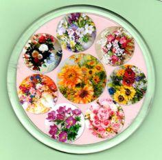 sottobottiglia in plastica trasparente con inglobamento stampa artistica con fiori disegnati a mano