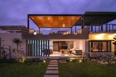 Container can be. Casa S / Romo Arquitectos