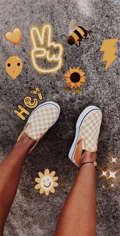 15 Trendy Ideas For Sneakers Photography Ideas Vans Cute Vans, Cute Shoes, Me Too Shoes, Vans Outfit, Yellow Vans, Yellow Sneakers, Yellow Shoes, Outfit Des Tages, Vsco Pictures